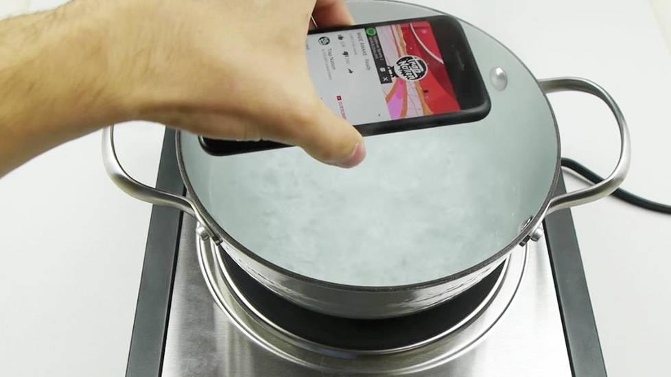 Gà hầm Iphone và cái kết