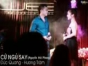 Hương Tràm The Voice đắm đuối bên đồng đội đẹp trai