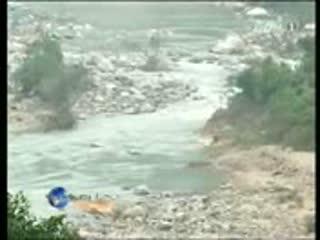 Vỡ đập thủy điện Dakrông 3