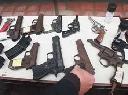 Bàng hoàng 'chợ' bán súng tự chế công khai