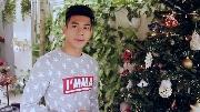 'Hot boy nổi loạn' Hồ Vĩnh Khoa tự tay trang hoàng cây thông Noel rực rỡ