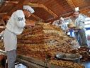 Chiêm ngưỡng chiếc bánh giáng sinh nặng 3 tấn ở Đức