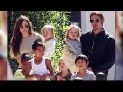 Tình yêu vượt qua scandal - Brad Pitt & Angelina Jolie