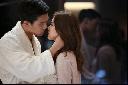 Tình yêu thực tế phũ phàng hơn phim Hàn 1000 lần?