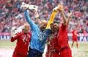 Màn ăn mừng bằng bia thú vị của Bayern Munich