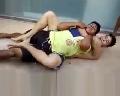 Xem cảnh thanh niên bắt trộm bằng võ Jiu-Jitsu