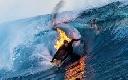 Lướt sóng trong tình trạng tự thiêu