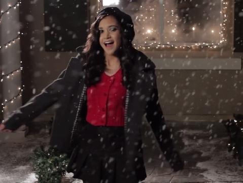 ''All I Want For Christmas'' phiên bản bạn thân vui nhộn đáng yêu