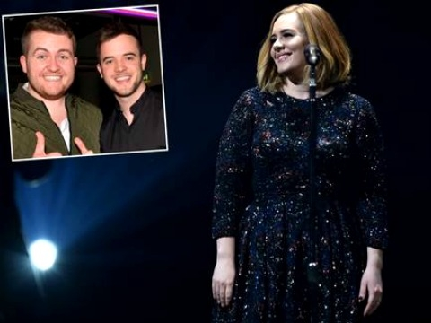 Adele nhường sân khấu cho fans vì giọng hát khủng