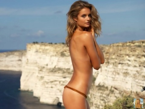 Ngắm thân hình mê hồn của siêu mẫu 9x Kate Bock