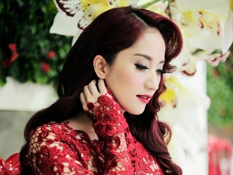 Khánh Thi kể câu chuyện về con đường vũ đạo của mình