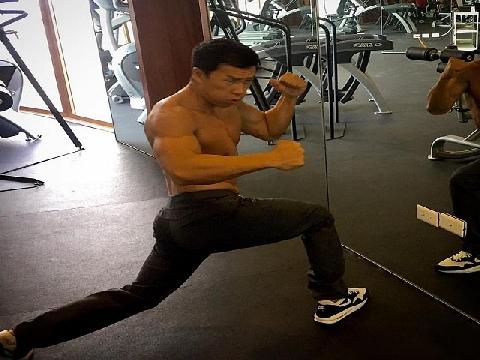 Choáng ngợp khi xem Chân Tử Đan khỏe võ công thực chiến trong phòng gym