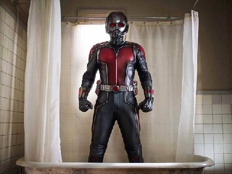 Lần đầu làm 'chuyện ấy' của Ant-Man