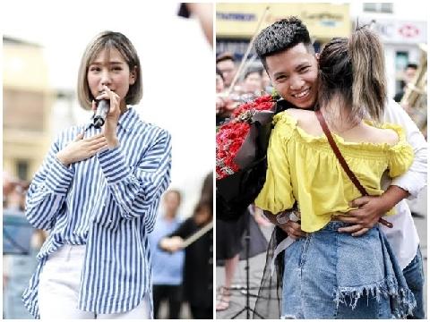 Min hát ''Có em chờ'' giữ phố để kết duyên cho cặp đôi yêu nhau 6 năm