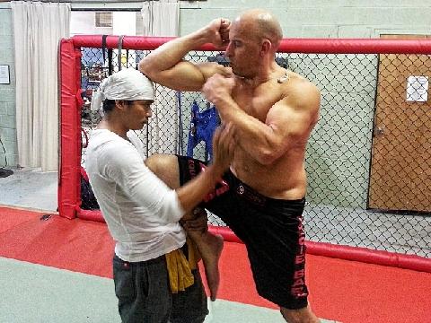Hé lộ clip Tony Jaa luyện võ với Vin Diesel