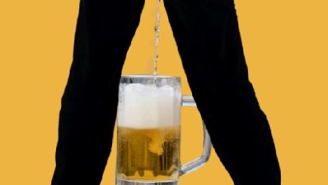 Đan Mạch thu gom nước tiểu để sản xuất bia