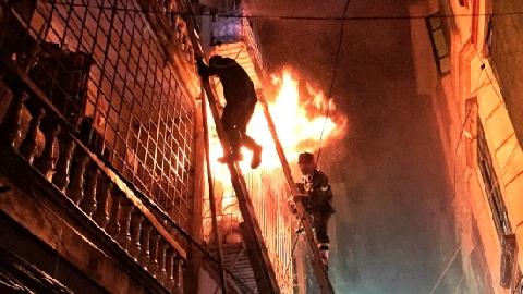 Nhói lòng 2 mẹ con chết trong đám cháy chỉ vì nhà ống