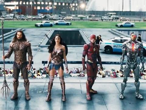 'Justice League' nhá hàng sự trở lại của Superman