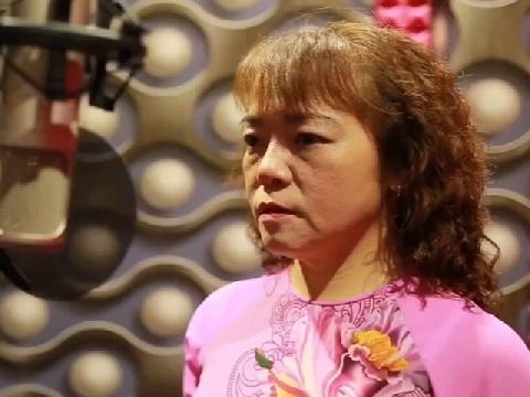 Hậu mâu thuẫn với Phương Mỹ Chi, Cô Út tung MV mới đầy tâm trạng