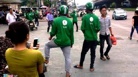 Thanh niên Việt được - mất gì khi tham gia Grabbike