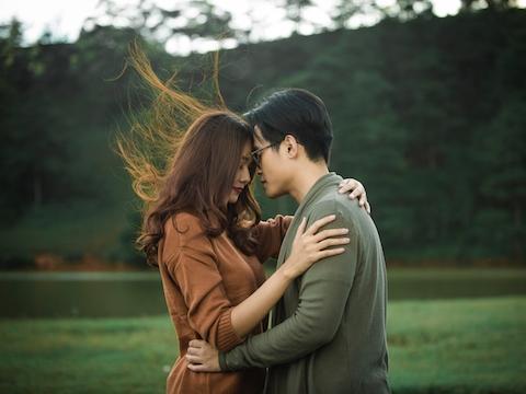 Giữa thu tháng 9 nghe Hà Anh Tuấn thì thầm ''Em à'' ngọt lịm
