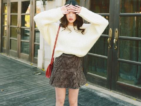 4 gợi ý diện áo len mùa thu ấn tượng