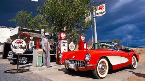 Lý do người Mỹ sẵn sàng lái xe cả trăm km chỉ để mua xăng