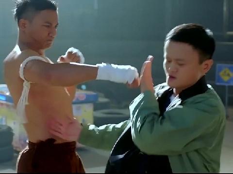 Jack Ma dùng thái cực quyền hạ Tony Jaa trong tíc tắc