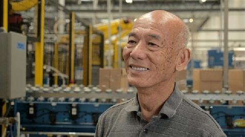 Lão nông Việt gây dựng thương hiệu tương ớt nổi tiếng nước Mỹ