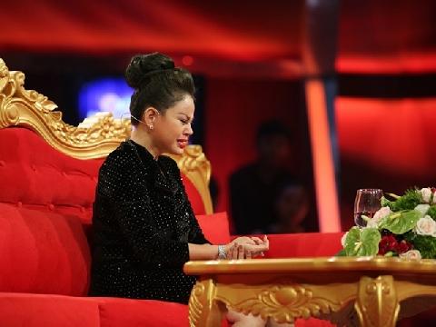 Khóc hết nước mắt với nỗi oan thuê người đánh chồng của Lê Giang