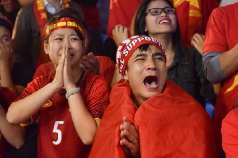 Cách ăn mừng siêu bá đạo sau chiến thắng của U23
