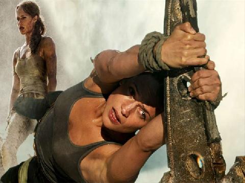 Thót tim với cảnh hành động mạo hiểm của 'Lara Croft' 2018