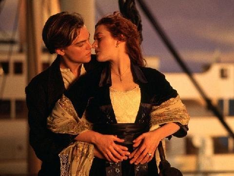 [Chế] Cười ngất với phiên bản tả thực của 'Titanic'