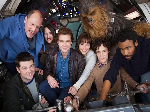Ôi trời, 'Star War' có thêm ngoại truyện rồi nè bà con!