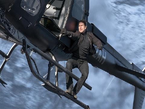Tom Cruise ở tuổi 56 vẫn bùng cháy hết mình với 'Nhiệm Vụ Bất Khả Thi 6'