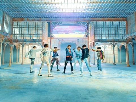 30 triệu view trong 17 tiếng, BTS phá kỷ lục thế giới với MV mới