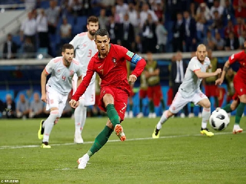 Phản ứng của thế giới bóng đá về trận Bồ Đào Nha - Tây Ban Nha