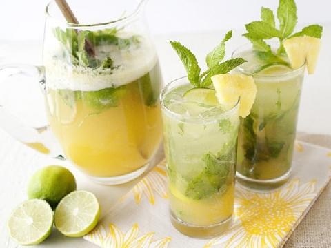 4 loại đồ uống dễ làm cho ngày hè nóng bức