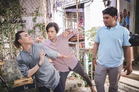 Seri hài Huỳnh Lập: Ai chết giơ tay Tập 6