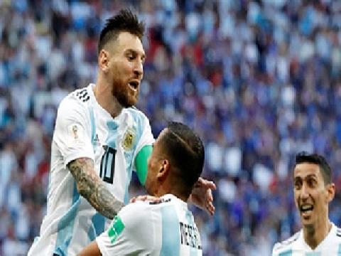 Fan chế clip Argentina gỡ hòa 4-4 như thật trước Pháp