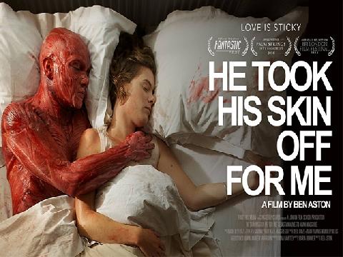 Phim ngắn kinh dị: Anh ấy 'lột da' ra vì tôi (He took his skin off for me)