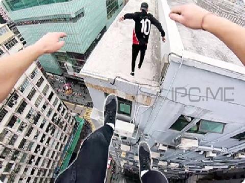 Nam thanh niên liều mạng nhảy qua 2 tòa nhà cao tầng!