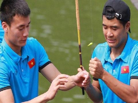 Cầu thủ U23 Việt Nam phấn chấn đi câu sau trận thua Hàn Quốc
