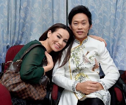 Hài Hoài Linh và Phi Nhung - Vợ Chồng Làm Biếng