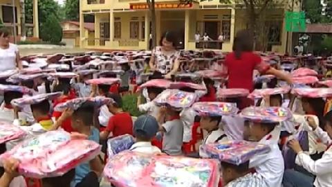 Trung thu giản dị của trẻ em vùng lũ Yên Bái