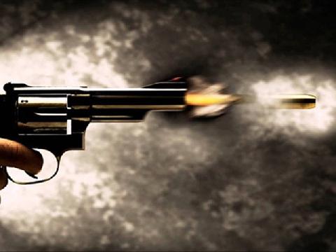 Quán quân bắn súng thủ công - 5 phát súng chưa đến một giây