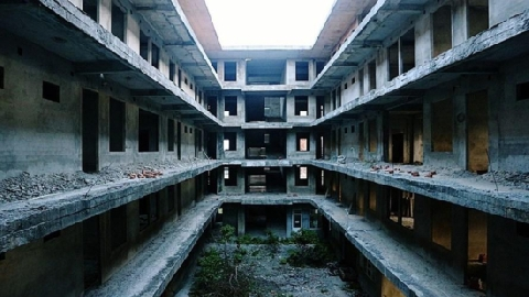 Sự thật đằng sau nhà máy nghìn tỉ bị bỏ hoang
