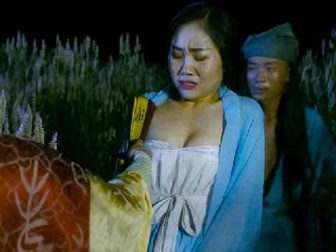 Cảnh cưỡng bức gây phản cảm trong 'Tân Kim Bình Mai' bản Việt