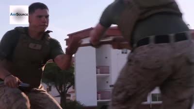 LINE: 'Tuyệt kỹ' của Thủy quân Lục chiến Mỹ