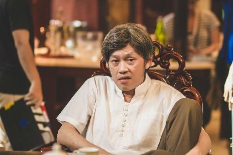 Hài Hoài Linh: Bác sĩ quê mùa